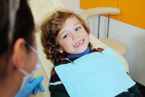 child gets pediatric dentistry